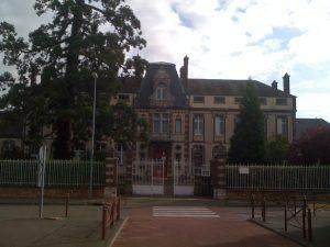 lien vers le collège de Courville-sur-eure